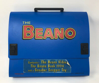 The BEANO Bag with  VHS video tapes BOOK 1994 gnasher snapper toy dennis mennace