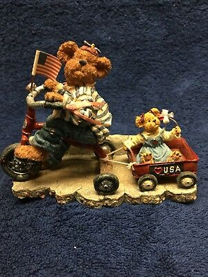 """Boyds Bears """"Ross with Betsy...Everybody Loves A Parade"""" Limited Ed.RETIRED 2002"""