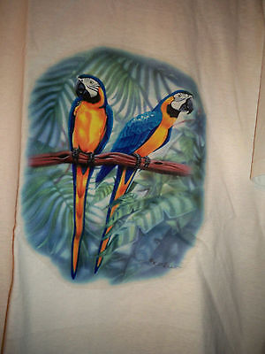 Vintage Macaws Blue & Gold T-Shirt Parrot Adult Large USA 50/50 Jerzees