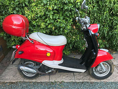 2012 Direct Bikes 50 Learner Legal 50cc City Scooter Repair Project NO RESERVE