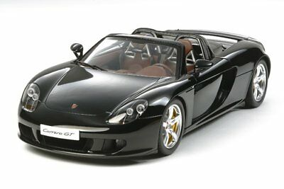 Tamiya 1/12 Scale Racing Car Porsche Carrera GT Kit 12050