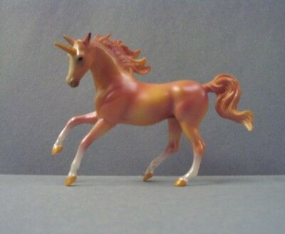 Breyer 2018 Blind Bag Mystery Unicorn Stablemate Horse Peach Mini Magnolia