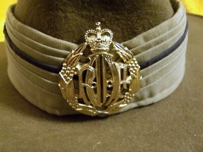Australian R.a.a.f. Slouch Hat With Puggaree, Badge & Chinstrap - 1978 - Akubra