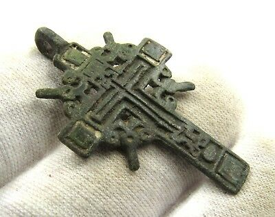 Authentic Medieval / Post Medieval Bronze Radiate Cross Pendant - Wearable E481