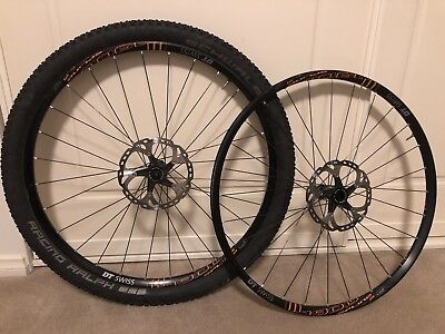 DT Swiss M1900 Spline 29 MTB Boost Wheelset with rotors and 1 tyre