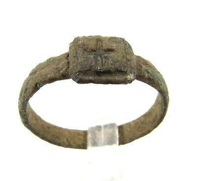 Authentic Late / Post Medieval Tudor Ring With Cross - E570