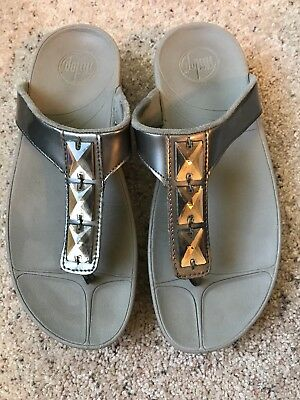 e2e32630036e Women s Fitflop Size 8fit Flops Sandals Silver Gray Gem Embellished Thong  R10