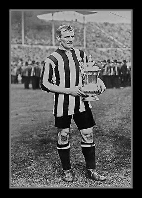 Retro Photo/Photograph/Photo/1924 FA Cup Final/Newcastle United Captain Hudspeth