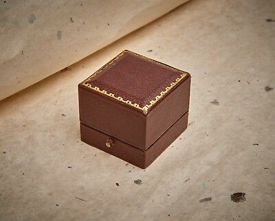 VINTAGE ANTIQUE STYLE RING BOX JEWELLERY DISPLAY CASE - Edward Nowell, Somerset