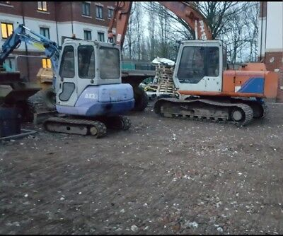 Digger/dumper/ roller Hire From O.75 To 16 Ton in Birmingham contact Terry