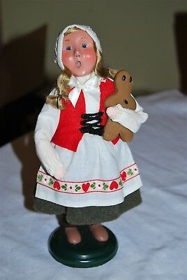 Byers Choice Caroler 2009 - Girl with gingerbread man - AUTOGRAPHED