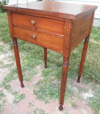 Antique American Sheraton 2-Drawer Night Stand Primitive work Table 1800s cherry