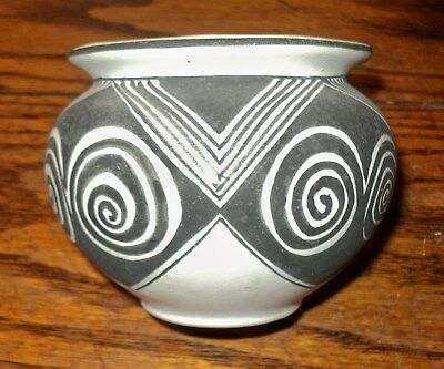 Native American Hand Painted Pottery  signed R. Avivald