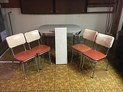 Vintage Early 1950's Kitchen Table, Leaf, & Four (4) Chairs