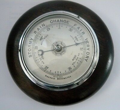 Nice Old Vintage British Made Aneroid Barometer Wall Mounted Oak wood Surround