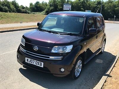 Daihatsu Materia 1.5 16v - Go on - Be different! Similar to Nissan Cube