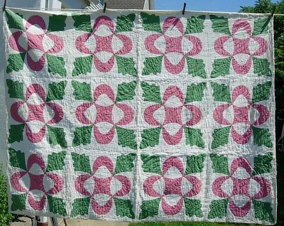 Hand Stitched Red & Green Oak Leaf Applique Summer Quilt  60 x 76