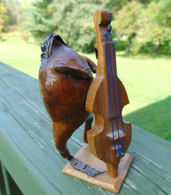 """Folk Art OOAK Frog with Cello Wood Laquer 5"""" X 3"""" Home Decor NOVELTY Estate"""