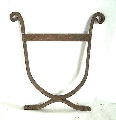 VINTAGE EARLY 20th CENTURY WROUGHT IRON SCROLLED BOOTSCRAPER