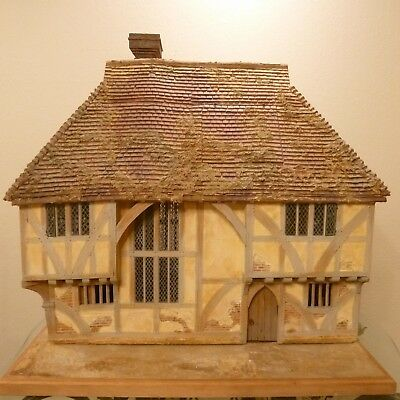 Peter Mattinson    Exquisite Miniature Dollhouse Made In England    Ooak