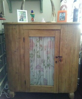 Original Victorian 19th century pitch pine proving cupboard or 'huffer'. c1840