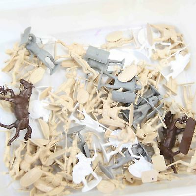 Bulk Lot Soldiers Army Brown, Grey & White Plastic Army Figurines no.4 #15776
