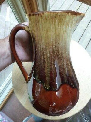 """Robinson Ransbottom Rrp Co Ohio Roseville Brown Drip 9 1/2"""" Pitcher"""