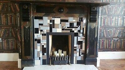 Beautiful Victorian marble fireplace surround with fire grate Base and front