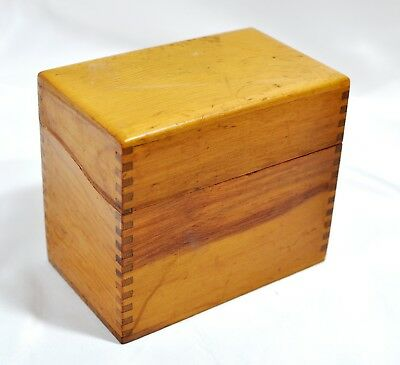 Great Vintage Wooden Oak  Dovetail Recipe Box Hinged Lid w/ Index Cards