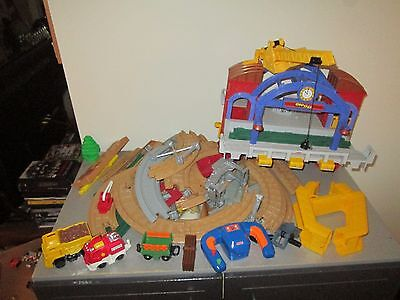 Fisher Price GeoTrax Nice Lot of Parts Grand Central Station