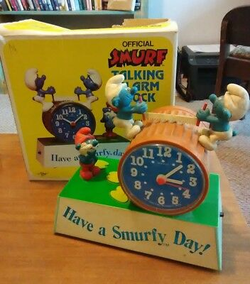 Vintage Have a Smurfy Day wind up/battery Smurfs talking alarm clock with box