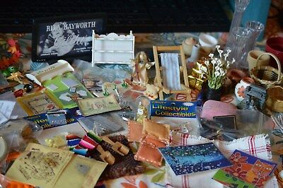 1:12 Scale Dollhouse Miniature LOT. Baskets, Flat Screen TV, Shelves and MORE