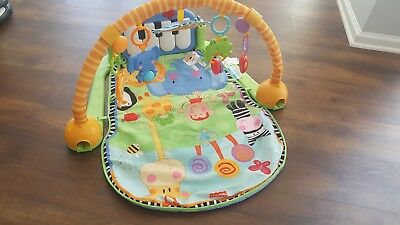 Fisher-Price Baby Kick & Play Music Piano Gym Play Mat with Toys and Piano Keys