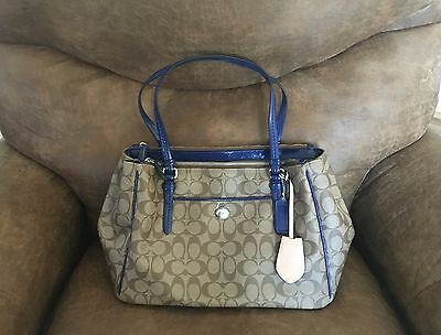 NWT Coach Peyton Signature Double Zip Carryall F24603 Khaki Navy Blue