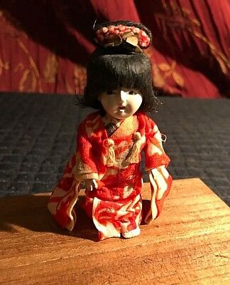 Antique Japanese Doll With 5 Wigs In Original Box With Instruction Sheet.