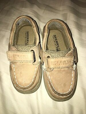 Sperry toddler shoes, Boys Size 7, Excellent condition!
