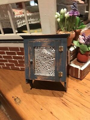 VINTAGE ARTIST CJ's WOOD DOLLHOUSE MINIATURE Country Blue Hanging Wall Cupboard