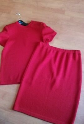 St. John Collection by Marie Gray  2 Piece Top & Skirt Set Size Small Red