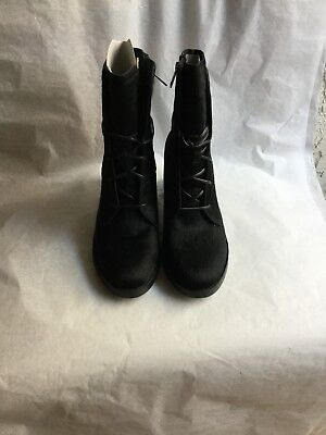 c42d009cea1 UGG ORIANA EXOTIC Lace-Up Ankle Boots Black Leather / Calf Hair Size 7.5