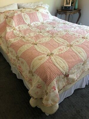 "Vintage Hand Stitched Wedding Ring Quilt 80"" By 80"" Nice!"
