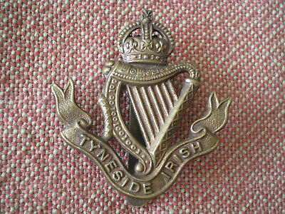 WW1 Tyneside Irish Cap Badge by Gaunt of London