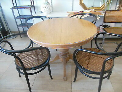 Lot 2 Thonet chairs N 209 (2 lots availables)