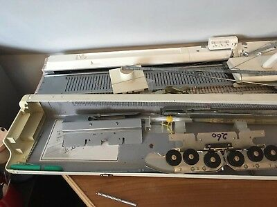 Knittin Machine Brother KH260