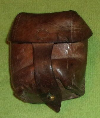 WW1 leather ammo pouch signed C.V.B. rare collectible Rommania? military foreign