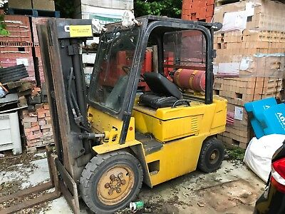 forklift 1.9 Ton lift low mast Gas