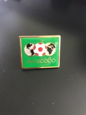 Mexico 86 World Cup Pin Badge