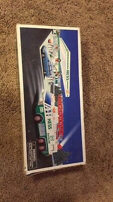1996 Hess Toy Emergency Truck New in Box Good Condition Green and White