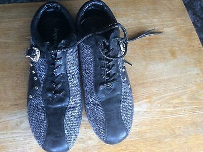 womens shoes size 3