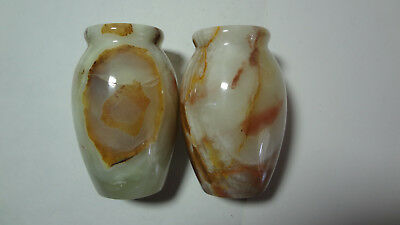 Pair of small elegant marble vase.