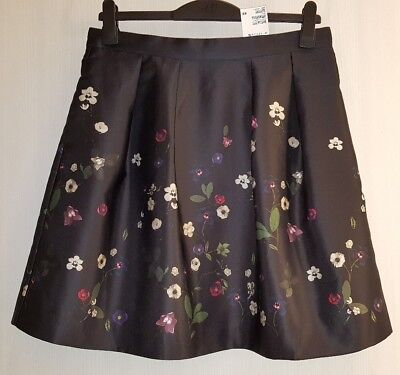 Can H m floral skirt